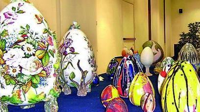 Uova Di Pasqua Ceramica.Mostra Pasquale Di Uova In Ceramica Da Tutta La Penisola Home