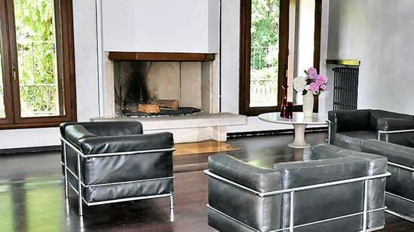 Casa gallo nel circuito di scarpa cultura - Ginestri prima casa divani ...