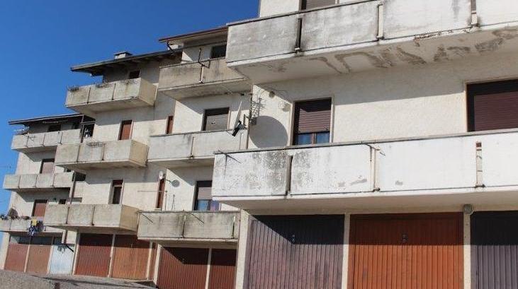 Danneggiati gli alloggi dei profughi valdagno il for Alloggi asiago