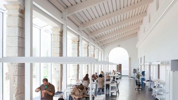 Bottega Veneta Outlet Vicenza ~ Idee Creative su Design Per La Casa ...