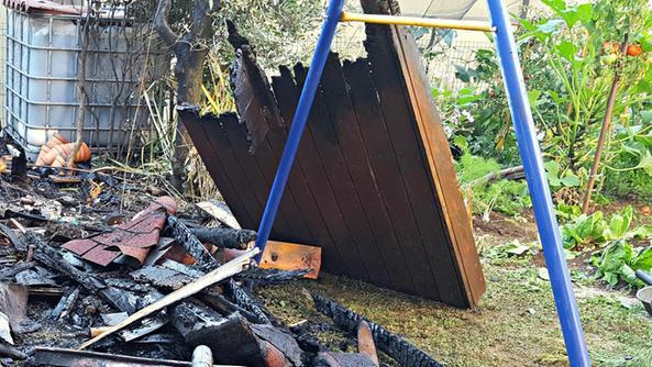 Casetta di legno in fiamme in viale roma schio il for Planimetrie semplici della casetta di legno