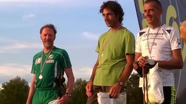 Il podio assoluto della garaLe giovani atlete Burlina e Pillan
