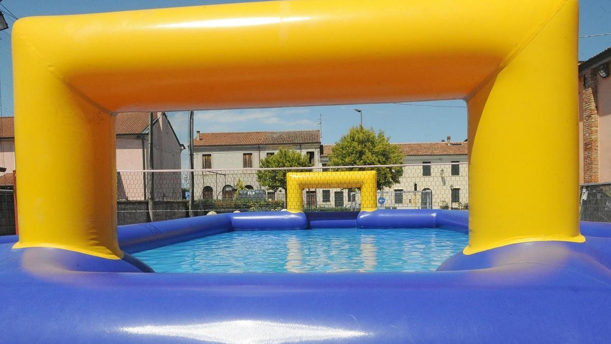 Scivola in piscina rischia la paralisi montebello for Piscina arzignano