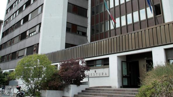 S 39 inventa lo stupro per stare in italia rischia espulsione for Questura di vicenza permesso di soggiorno