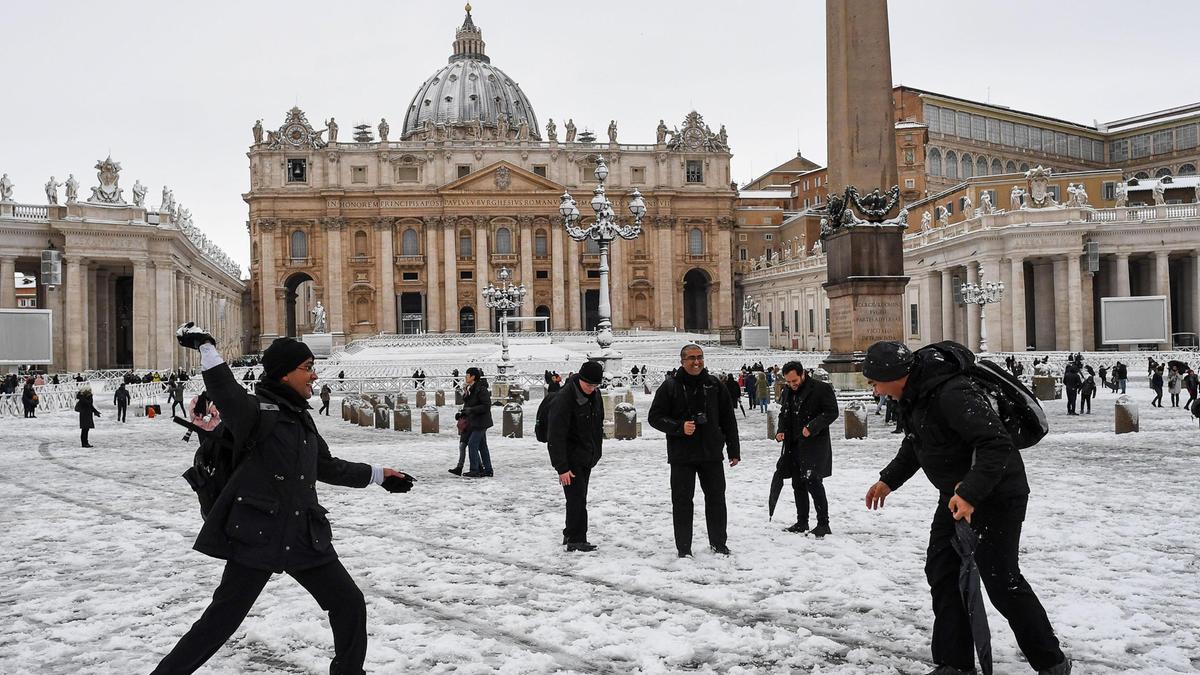 Gelo sull 39 italia neve a roma 21 6 ad asiago veneto il for B b ad asiago