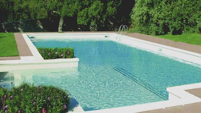 Molestie in piscina a una studentessa faranno volontariato vicenza - Piscina arzignano ...