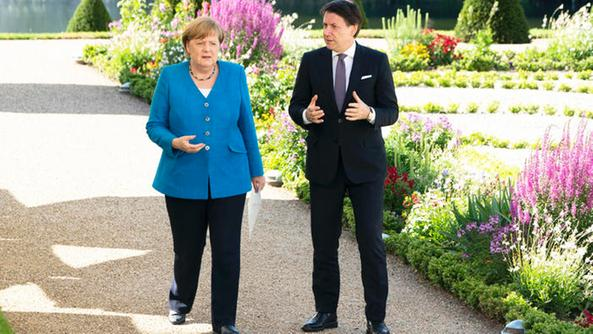 Vertice quest'oggi in Germania tra Conte e Merkel